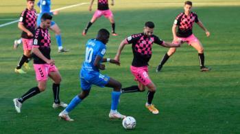 Los azulones llevaban la victoria del duelo cuando el capitán dio con el talón al balón y ponía el 2-2 en el marcador