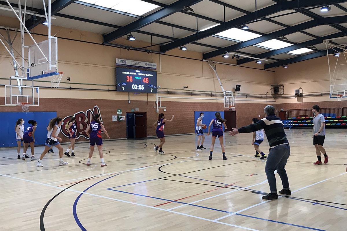 Aunque aún no ha comenzado la competición, el senior femenino del Club Baloncesto Juan de Austria disputó su primer amistoso