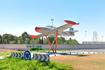 El avión volverá a su habitual ubicación junto a la plaza Pinto de nuestro municipio