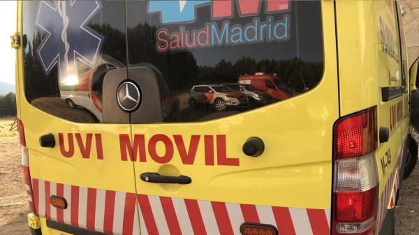 El fallecido estaba en la carretera N-VI a su paso por Guadarrama junto a un camión volcado