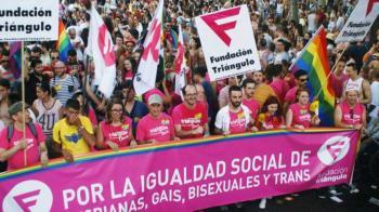 La Fundación Triángulo se fundó en 1996 y desde entonces no ha dejado de luchar por el colectivo LGTBI+