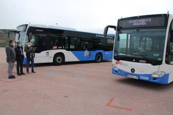 Los vehículos cuentan con tecnología híbrida de tracción diésel-eléctrica HEV, consiguiendo la etiqueta ECO de la DGT