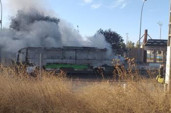 El incendio se ha declarado por un fallo mecánico y, afortunadamente, no hay que lamentar daños personales