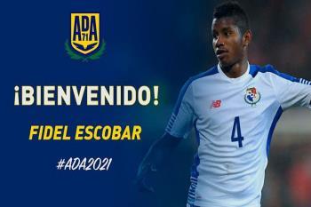 El panameño llega desde el Córdoba de Segunda División B