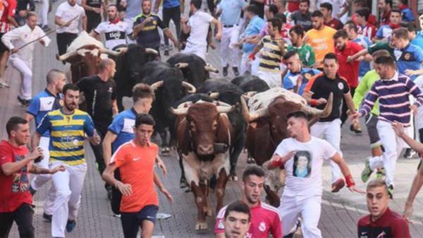 """El partido ha señalado la """"alta incidencia de contagios, que ha provocado que el municipio y la Comunidad de Madrid estén en riesgo extremo de contagios"""""""