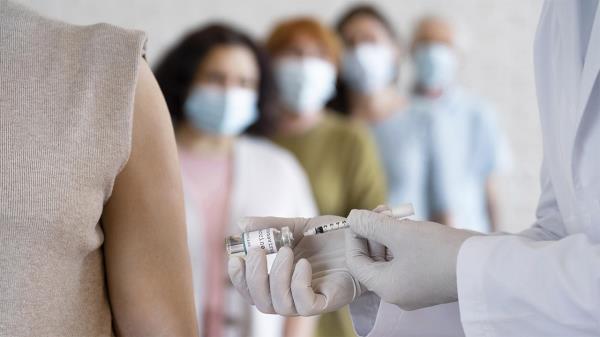 La iniciativa ha permitido administrar la vacuna a 75 personas