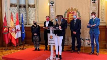Representantes de las seis ciudades presentaron ayer en Valladolid la primera plataforma a nivel estatal de movilidad urbana que facilitará los trámites a los ciudadanos
