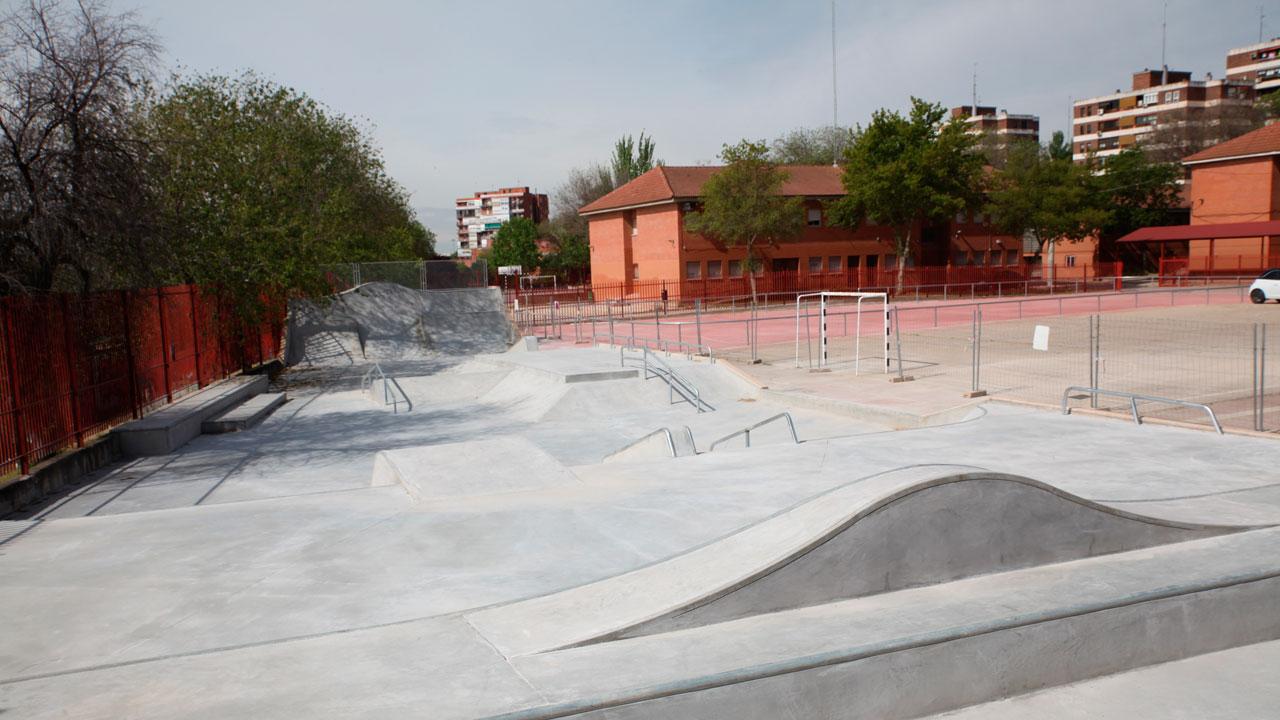 Además, las instalaciones del Fermín Cacho, salvo el gimnasio, estarán abiertas todos los días de la semana