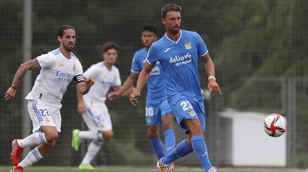 Los blancos se llevaron el partido de entrenamiento celebrado en Valdebebas (3-1) con goles de Chust, Odegaard y Mariano