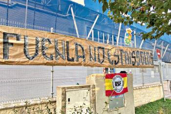 Los positivos diagnosticados en la plantilla fuenlabreña han provocado un tsunami de críticas contra el club y su forma de proceder