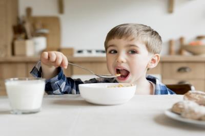 Lee toda la noticia 'Getafe pide a la CAM que mantenga las becas comedor a familias beneficiarias del IMV'