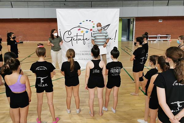 En torno al ocio saludable participarán deportistas y otros colectivos como personas mayores, estudiantes, entidades culturales y personas con discapacidad.
