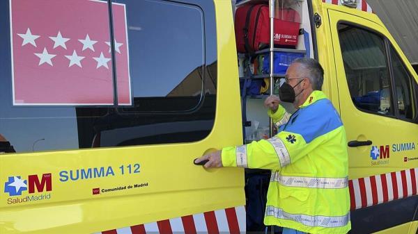 Los Bomberos de la Comunidad de Madrid proceden a su rescate