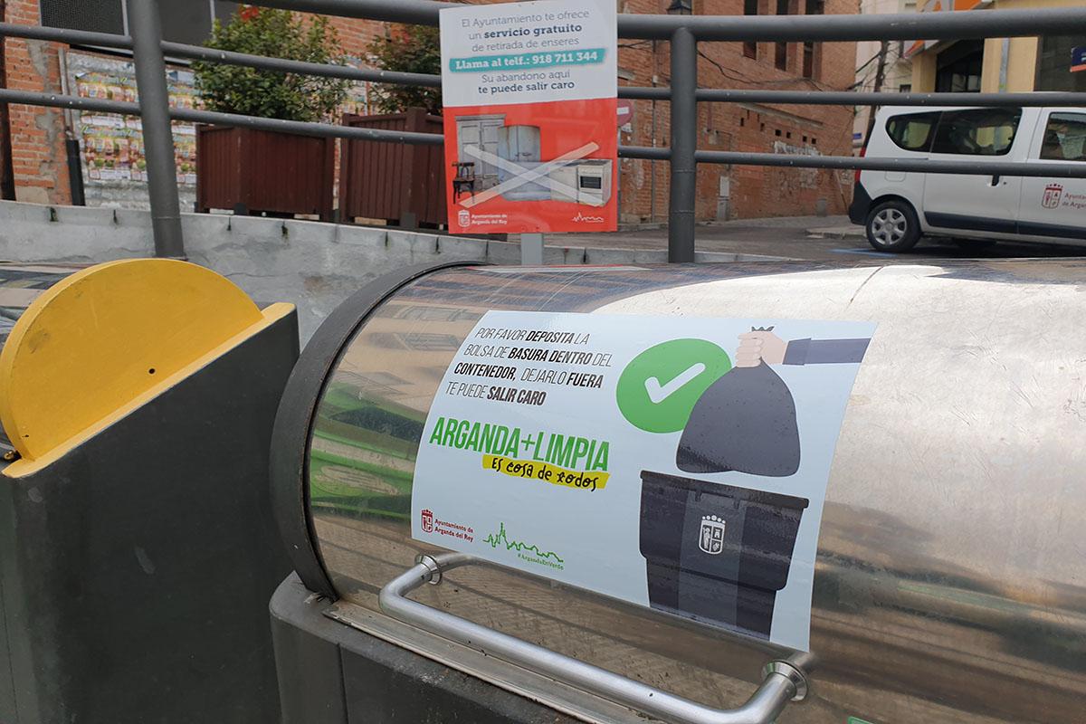 El Ayuntamiento de la localidad, con la Policía Local, organiza una iniciativa para proteger el medioambiente
