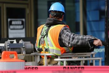 Con motivo de la mejora de la movilidad, desde el 27 de julio se han realizado obras de renovación de aceras y asfaltos