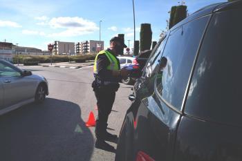 La primera causa de los accidentes mortales de tráfico se da por falta de atención en la conducción