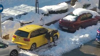 Es la propuesta de IU Humanes para recompensar el trabajo de los vecinos que trabajaron para quitar la nieve