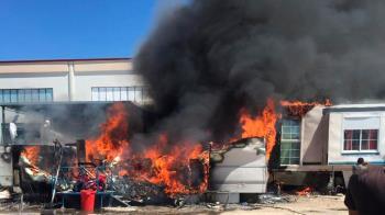 Las llamas se han desatado en el asentamiento ubicado en la calle Malva