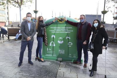 Lee toda la noticia 'Instalados dos iglús para recaudar fondos contra el cáncer'