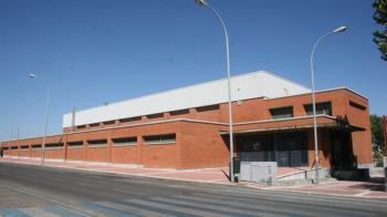 La concejalía de Deportes tiene previsto realizar en las próximas semanas el cambio de pavimento en los pabellones deportivos de El Nido, La Cantueña y Vicente del Bosque