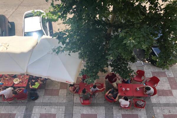 IU Humanes señala al ayuntamiento por no facilitar a las terrazas la ampliación del número de mesas
