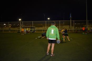 El club entrenará los miércoles en el campo de césped natural del Andrés Torrejón