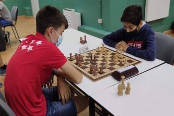 El joven ajedrecista consigue colgarse medalla con tan solo 10 años