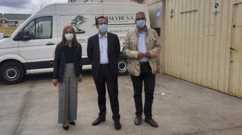 El consejero de Hacienda ha visitado el sector industrial del municipio acompañado por Carlos Izquierdo, secretario general en la Asamblea de Madrid