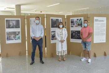 El Hospital Universitario de Torrejón de Ardoz organiza una emotiva exposición sobre el COVID-19