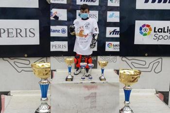 El piloto alcalaíno de diez años se llevó el título celebrado en el circuito de Kotarr