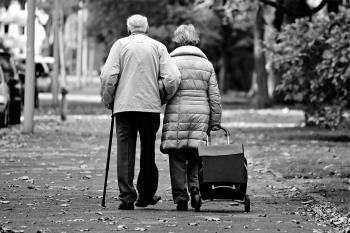 Los mayores han sido los más damnificados durante la pandemia