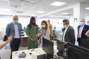 Begoña Villacís y Pepe Aniorte han presentado este lunes la ampliación del Servicio de Teleasistencia Domiciliaria