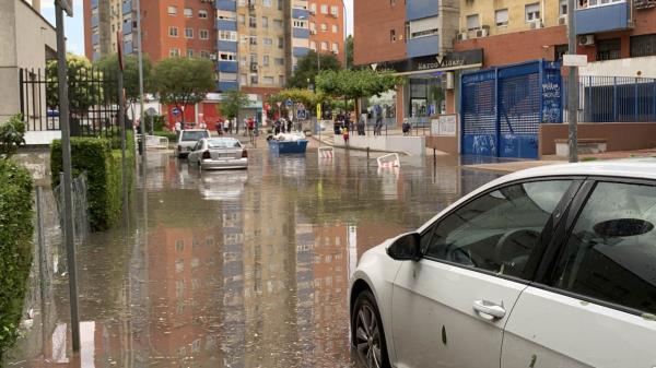 Primera granizada, primera inundación en la calle Méjico