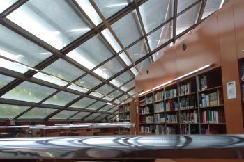 En la localidad de Alcalá se cuenta, al menos, con esta biblioteca. No todas las bibliotecas de la localidad permanecerán activas