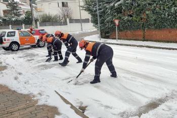 El temporal, que nos ha dejado frío y nieve, ha obligado a cerrar las instalaciones municipales