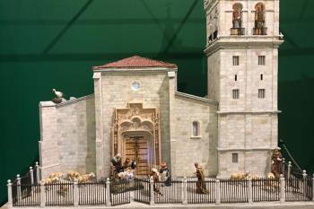 La exposición creada por la Asociación Complutense de Belenistas incluye piezas originales e históricas