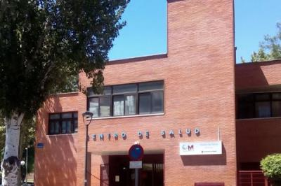 Lee toda la noticia 'La Comunidad de Madrid 'confina' la ZBS Barcelona en Móstoles'