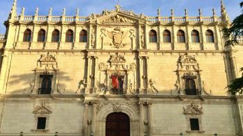 Ossorio pide poner en marcha un programa de becas que subvencione el coste de los másteres para los estudiantes que lo necesiten