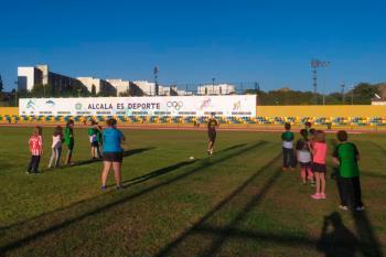 Los jóvenes atletas alcalaínos han vuelto a los entrenamientos
