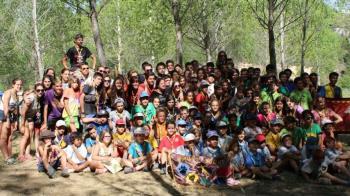 El grupo infantil y juvenil es altruista y busca una educación alternativa