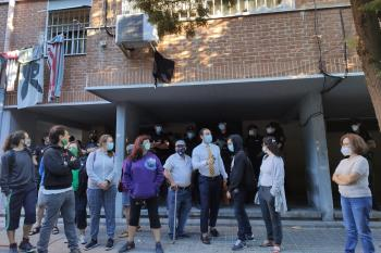 La Plataforma convocó al conjunto de vecinas y vecinos a las 07:00 este lunes 7 de septiembre en la Calle Núñez de Guzmán, 86 en Alcalá de Henares