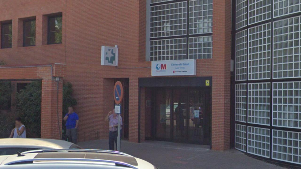 Reclaman el cese de la gerente del Hospital Príncipe de Asturias y la reapertura de las Urgencias del Centro de Salud Luis Vives