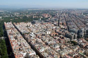 Madrid Río, la Plaza Mayor, la Plaza de la Paja, la Plaza del Dos de Mayo o la Lonja de Moratalaz son algunas de sus propuestas