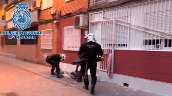 La policía nacional y la guardia civil han trabajo para desmantelar a una banda latina