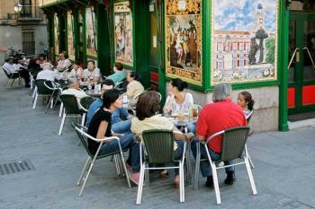 La Comunidad de Madrid permitirá a los locales de ocio y espectáculos instalar terrazas durante las fases 1 y 2