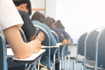 Profesores y directores protestan por la celebración de las pruebas presenciales en junio a los casi 45.000 alumnos
