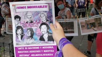 Las protestas a pie de calle y los votos en contra de Más Madrid y PSOE permiten que el mural se quede