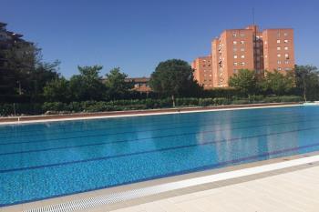 Las piscinas municipales de verano de los polideportivos Villafontana y Andrés Torrejón cerrarán a partir del 7 de septiembre