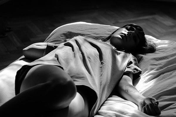 Ha llegado el momento de señalar que el insomnio (pre)menstrual existe