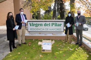 El municipio ha desarrollado un plan para que los más mayores cuenten con todas las medidas necesarias de protección